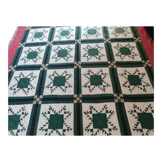 Antique Hand-Made Cotton Farmhouse Snowflake Quilt For Sale