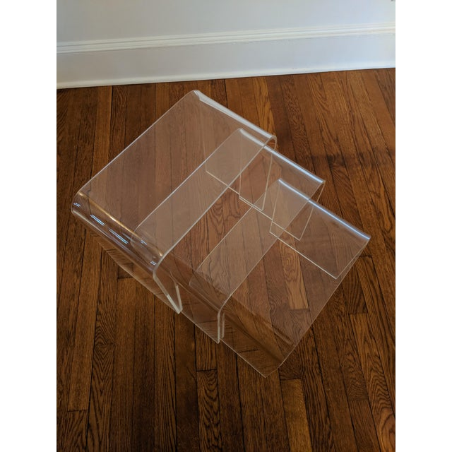 Contemporary Vintage Minimalist Lucite Waterfall Nesting Tables - Set of 3 For Sale - Image 3 of 5