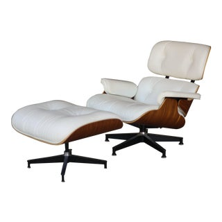 1950s Mid-Century Modern Rosewood and Leather Eames Lounge Chair For Sale