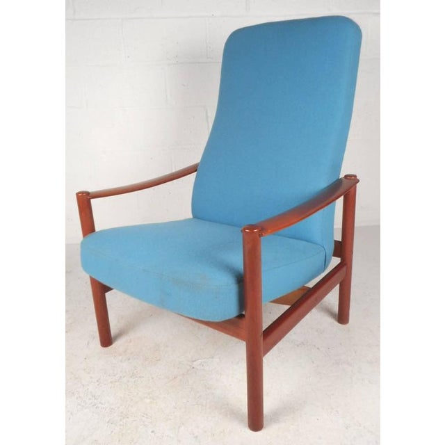 Mid-Century Modern Lounge Chair and Ottoman by Westnofa - Image 4 of 11