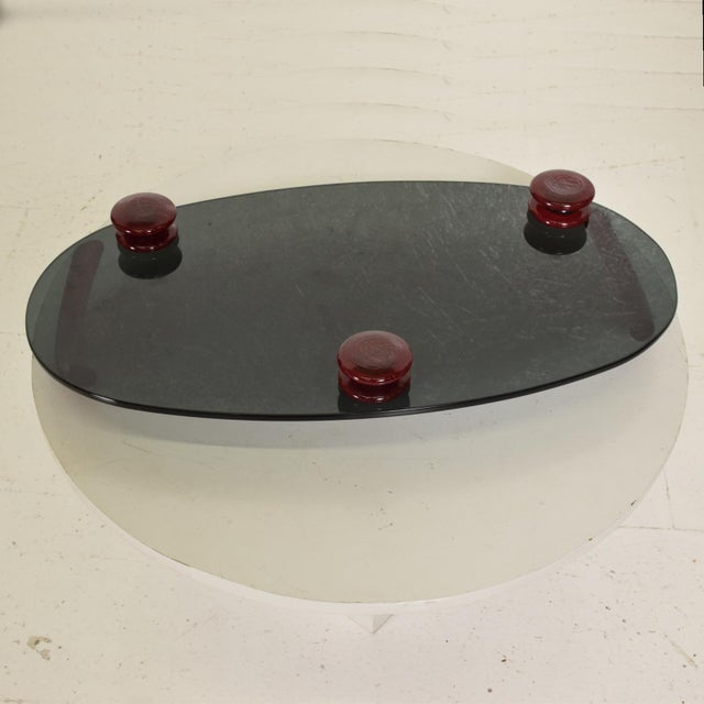1990s Modernist Oval Serving Tray in Smoke Glass With Red Ruby Glass Handles and Sabots Signed For Sale - Image 5 of 10