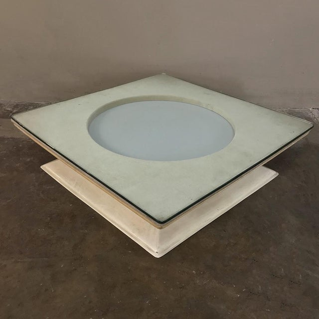 Mid-Century Modern Illuminated Coffee Table From m.i.m. Roma Circa 1970s For Sale In Dallas - Image 6 of 10