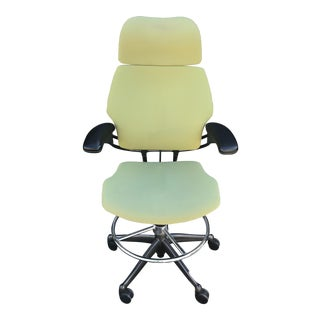 Humanscale 'Freedom Task' Adjustable Office Swivel Chair with Headrest