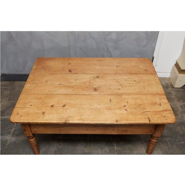 English Pine Coffee Table - Image 2 of 8