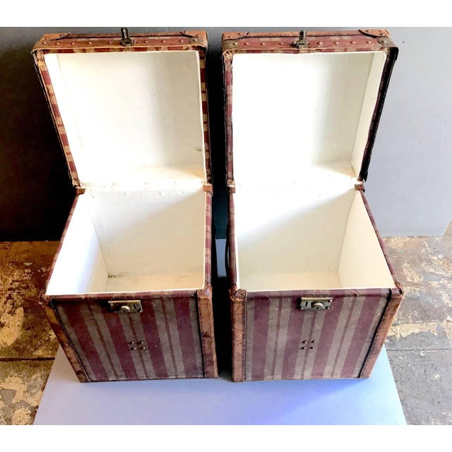 Pair of French Canvas and Leather Hat Trunks, Late 19th Century For Sale - Image 9 of 10