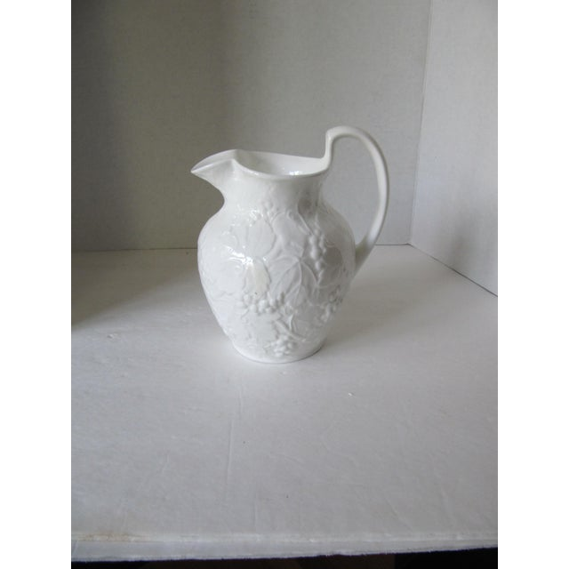 English Wedgewood Strawberry & Vine Pitcher For Sale - Image 3 of 5