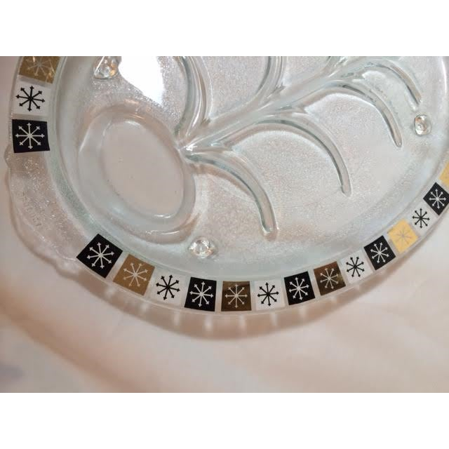 Mid-Century Modern Vintage Inland Glass Atomic Starburst Meat Platter For Sale - Image 3 of 7