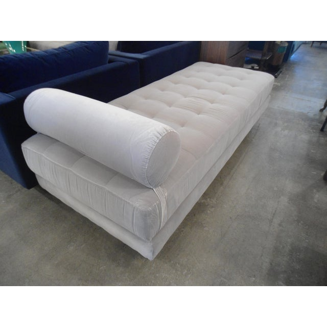 Intuition Light Gray Tufted Velvet Daybed For Sale - Image 5 of 7