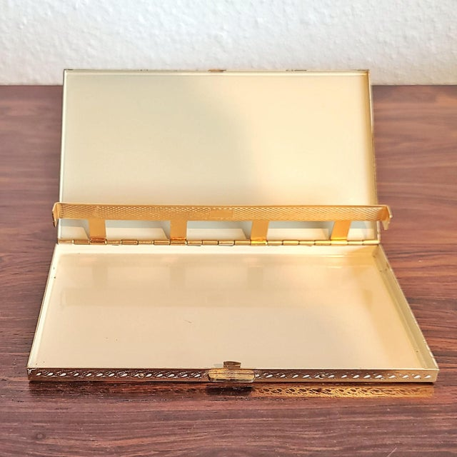1940s Volupté Cigarette Case For Sale - Image 9 of 11