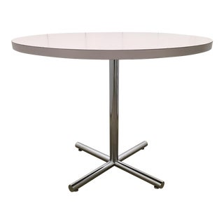 1970s Mid-Century Modern Cafe Table by Knoll For Sale