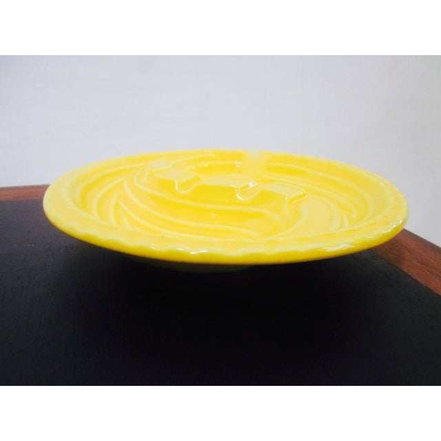 Mid-Century Modern Atomic Yellow Ashtray Dish - Image 4 of 8