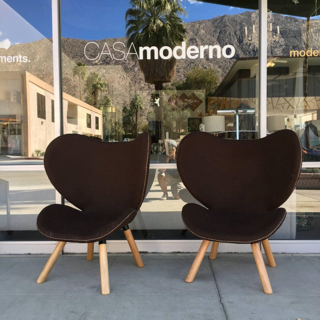 Mid-Century Modern Denmark Designed Brown Wool Easy Chairs- A Pair For Sale In Palm Springs - Image 6 of 7