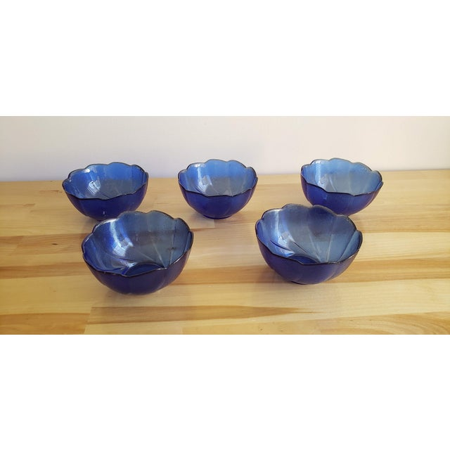 Mid 20th Century Small Blue Scalloped Edge Glass Bowls - Set of 5 For Sale - Image 5 of 5