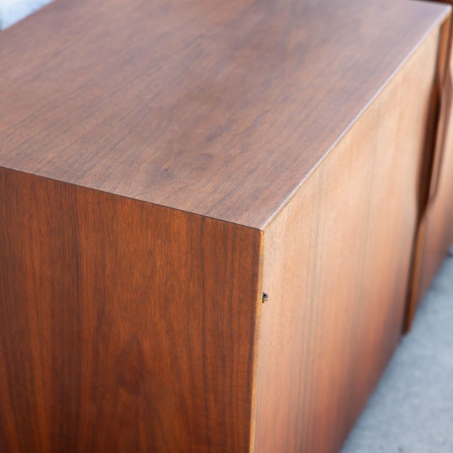 1950s Mid-Century Modern John Kapel for Glenn of California Nightstands - a Pair For Sale In Los Angeles - Image 6 of 8
