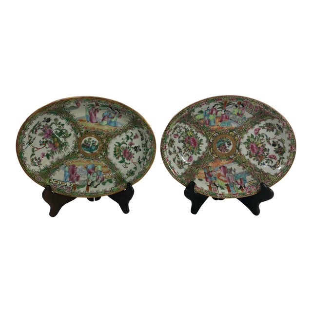 Antique Rose Medialion Oval Plates on Stands - a Pair For Sale