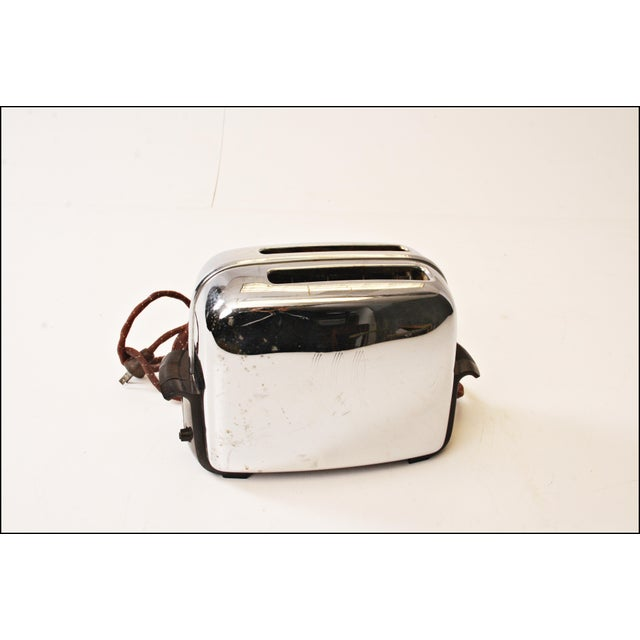 Vintage Chrome Toastmaster Toaster with Bakelite Handles - Image 3 of 10