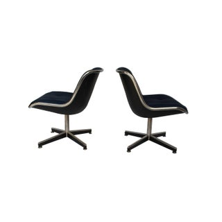 Late 20th Century Knoll Swivel Chairs- a Pair Preview