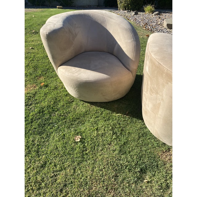 Vladimir Kagan Style Nautilus Swivel Lounge Chairs - a Pair For Sale - Image 11 of 13