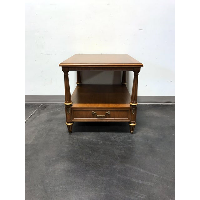 HENREDON Mid Century Era Neoclassical Style Side End Table 22.5w 26.5d 22h Superb condition. Near mint. 9.5 / 10.0