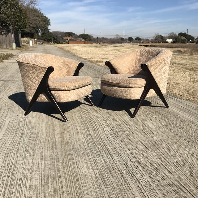 Karpen & Bros. Mid Century Modern Karpen Bros Style Club Chairs - a Pair For Sale - Image 4 of 8