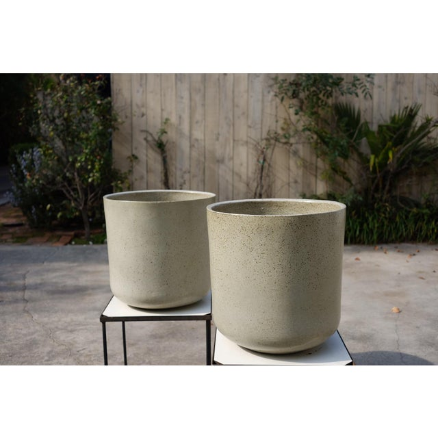 Ceramic 1960s Vintage Malcolm Leland Architectural Cylinder Planters- a Pair For Sale - Image 7 of 8
