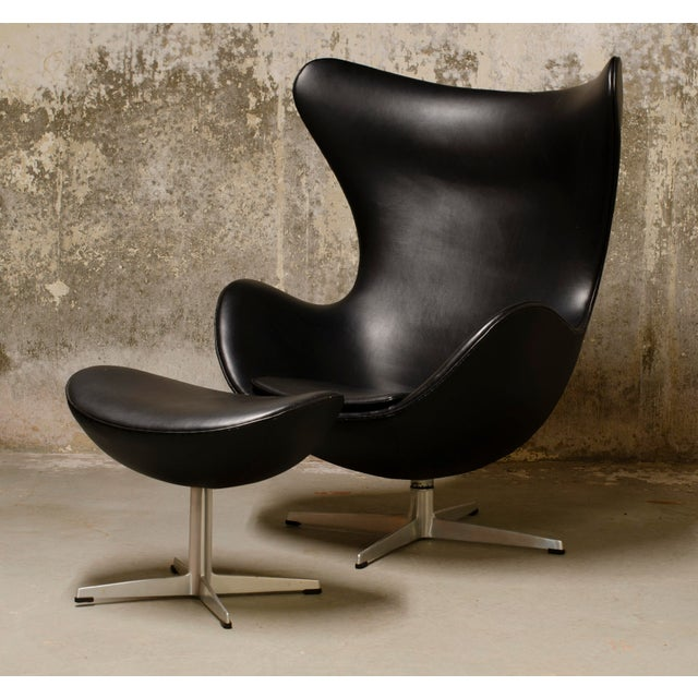 Black 1960s Vintage Arne Jacobsen Egg Chair and Ottoman For Sale - Image 8 of 8