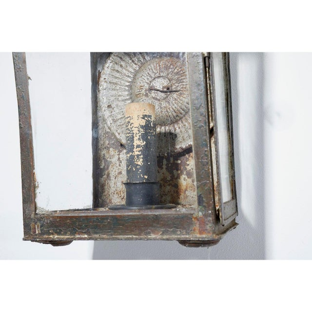 English Early 19th Century Painted Metal Wall Lantern For Sale - Image 3 of 5