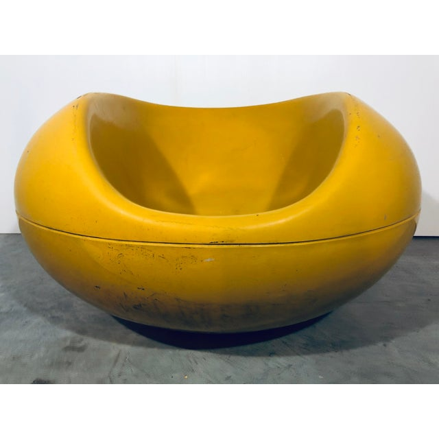 Pastille outdoor fiberglass pod lounge chair in yellow by Eero Aarnio for Asko, 1970s.