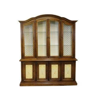 20th Century Traditional Stanley Furniture Grand Duchess Fruitwood Lighted China Cabinet For Sale