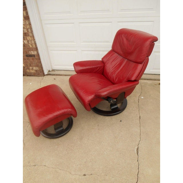 Ekornes ASA Ekornes Stressless Dream Red Leather Chair With Ottoman For Sale - Image 4 of 11