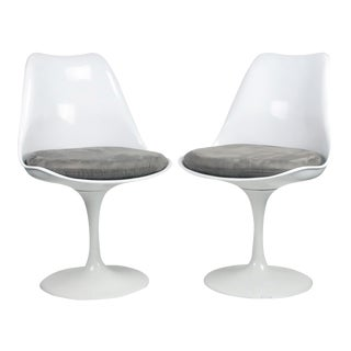 While Tulip Style Chairs - A Pair For Sale