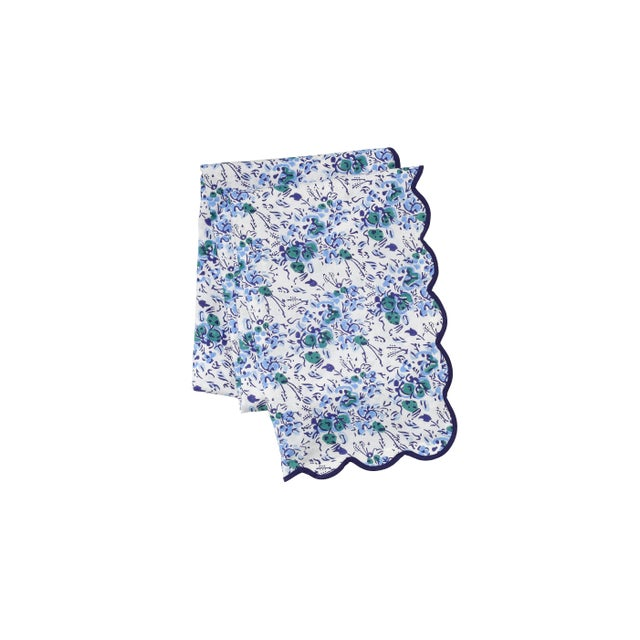 Blue Floral Scalloped Rectangle Tablecloth For Sale In San Francisco - Image 6 of 6