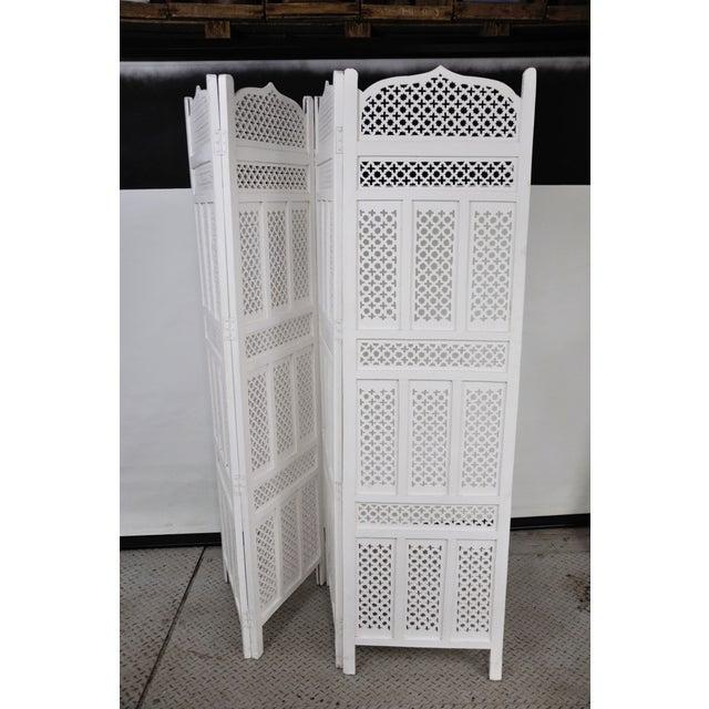 Vintage Mashrabiya Wooden Floor White Screen For Sale - Image 12 of 13