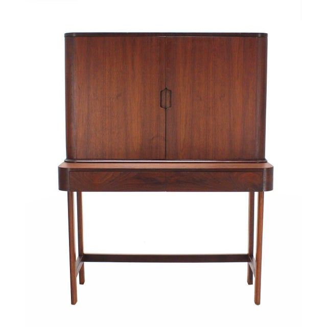 Mid 20th Century Rosewood Art Deco Open Up Vanity with Light and Matching bench For Sale - Image 5 of 10