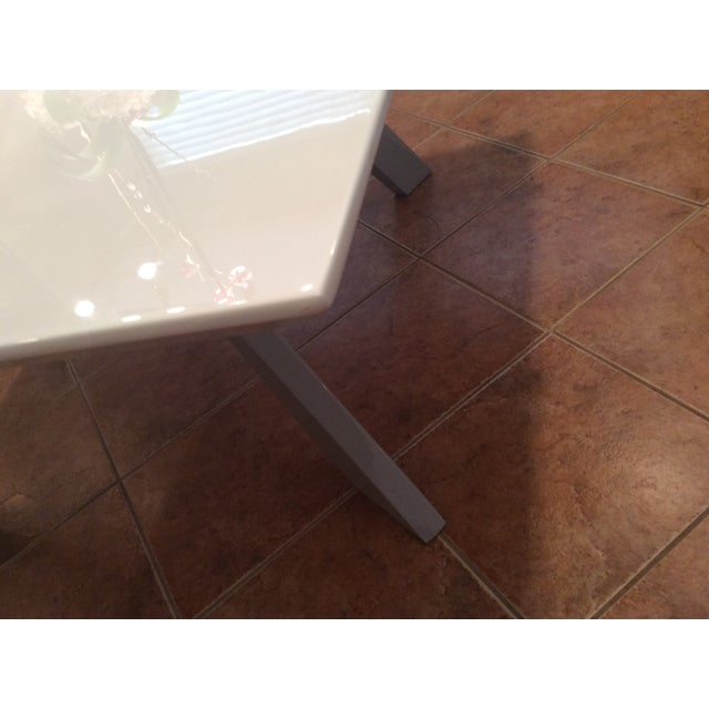 Contemporary White Lacquered Dining Table - Image 4 of 9