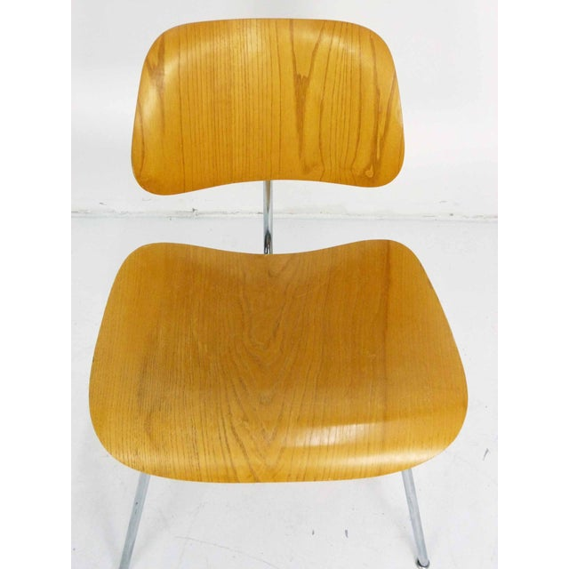 Eames DCM Dining Chair in Ash - Image 5 of 10