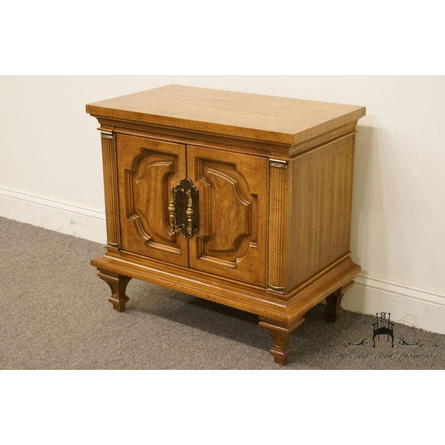 Traditional 20th Century Italian Winston-Salem Cabinet/Nightstand For Sale - Image 3 of 12