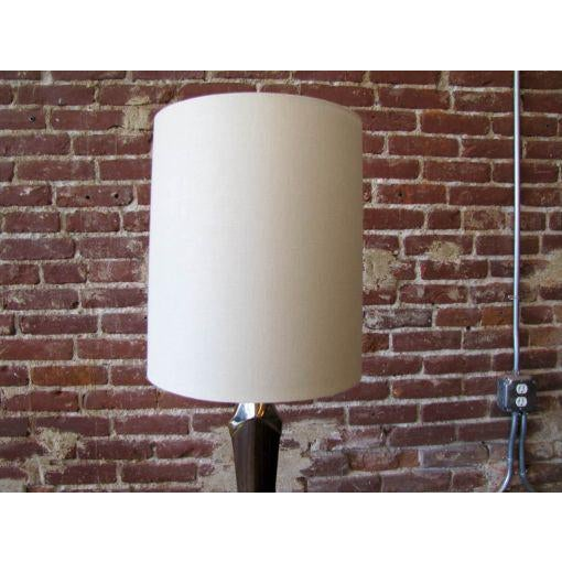 1960s Tall Sculptural Art Deco Laurel Table Lamp For Sale - Image 5 of 8