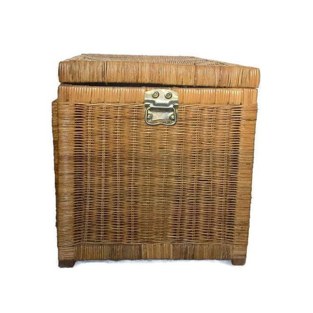 "Mid Century Modern Rattan Trunk Blanket Chest Brass Hardware 36"" For Sale In Richmond - Image 6 of 10"