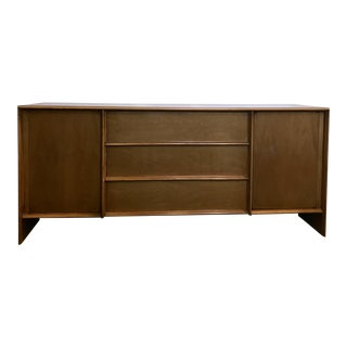 t.h. Robsjohn-Gibbings Walnut Credenza for Widdicomb For Sale