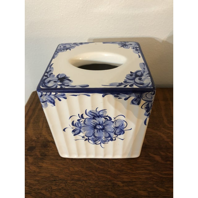 This is for the blue and white collector, and the one who loves ceramics from Portugal. The handpainted design is lovely...