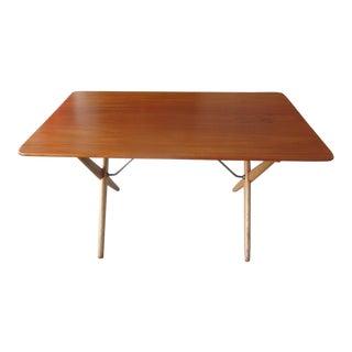 1960s Mid-Century Modern Hans Wegner for Andreas Tuck Oak Occasional Table For Sale