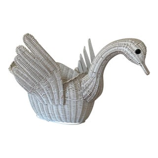 Vintage White Wicker Swan Basket For Sale