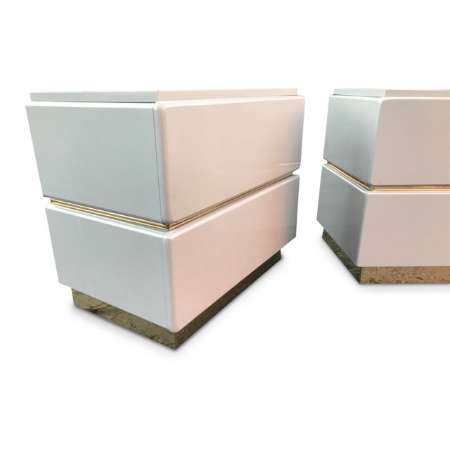 Lane Furniture Vintage Lane Brass and Lacquered Nightstands-A Pair For Sale - Image 4 of 12