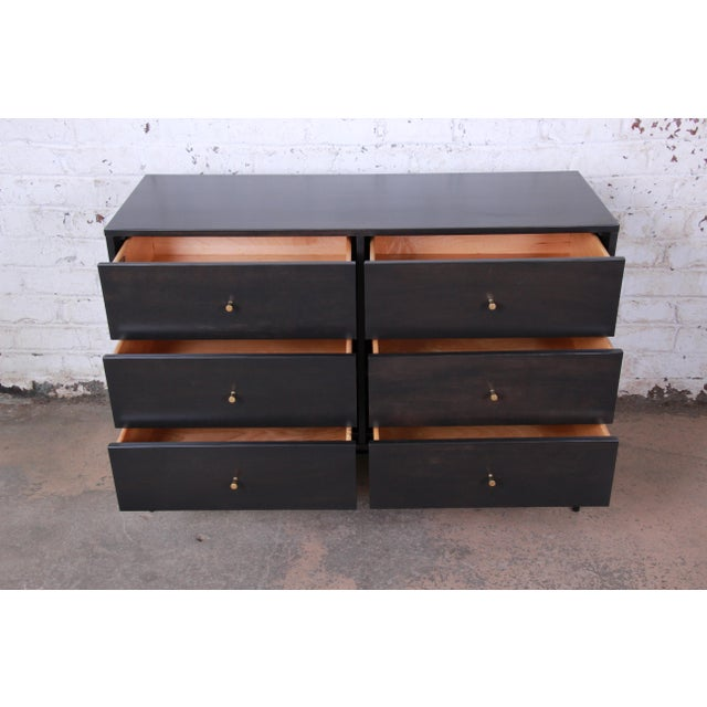 1950s Paul McCobb Planner Group Birch Wood Six-Drawer Dresser, Newly Refinished For Sale - Image 5 of 13