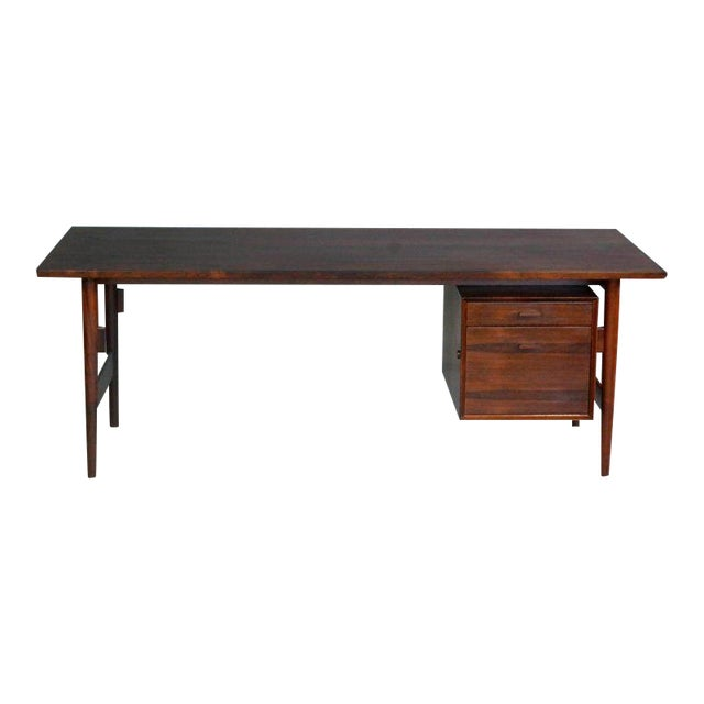 Executive Rosewood Rosewood Desk by Arne Vodder for Sibast From 1950's For Sale