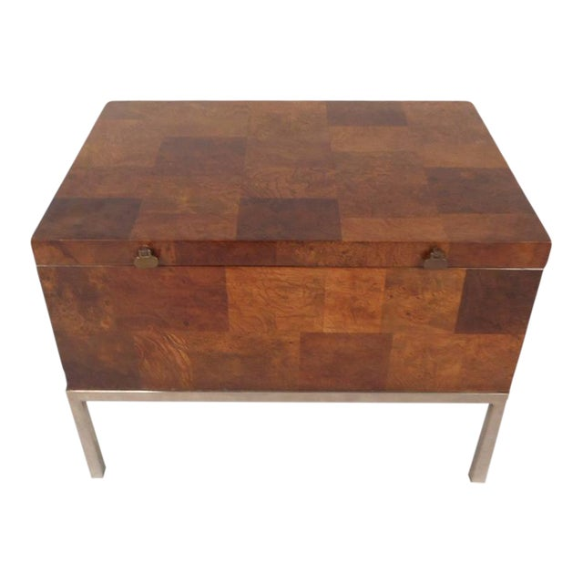Lane Furniture Mid-Century Modern Burl Storage Box with Chrome Base For Sale