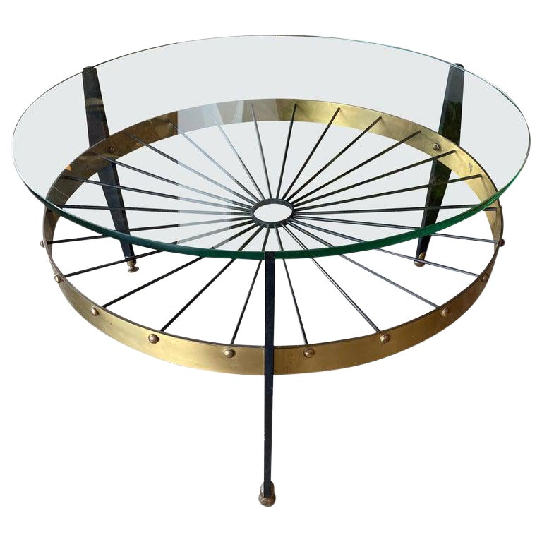 Superb Italian Mid Century Round Coffee Table In Glass And Brass