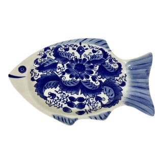 1960s Figurative Porcelain Fish Platter For Sale