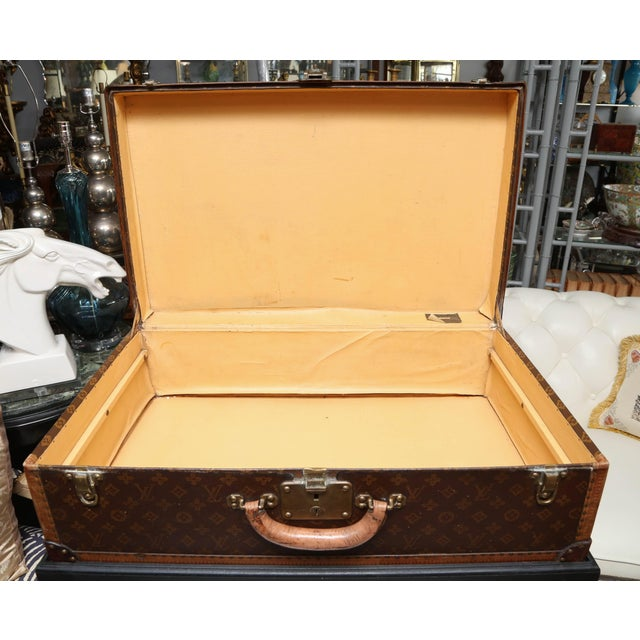 Traditional Vintage Louis Vuitton Hard Cover Suitcase Mounted as a Table For Sale - Image 3 of 9